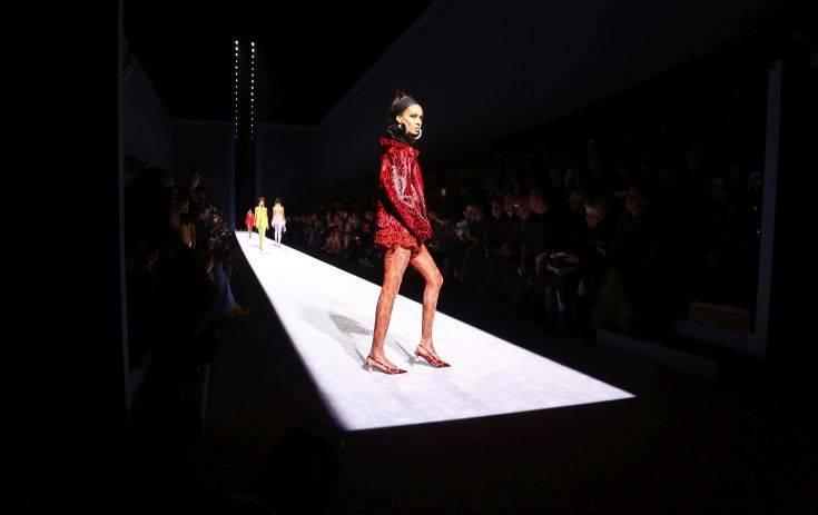 Διάσημος σχεδιαστής δηλώνει βαμπίρ και αποφεύγει το φως – Newsbeast