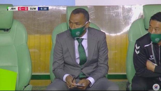 Νότια Κορέα: Ξεκίνησε το πρωτάθλημα, με μάσκα ο Μοράις - Διεθνή